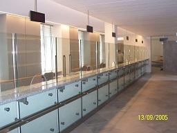 nowoczesne i funkcjonalne ścianki szklane działowe wrocław
